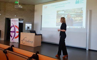 SamenDoorSamen gastspreker tijdens migratie symposium Erasmus Universiteit